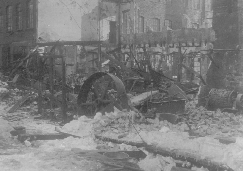 1917 Metallwerk Elektra nach Brand 2